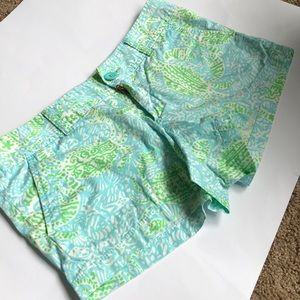 Lilly Pulitzer The Walsh Short  size 8 Get Crackin
